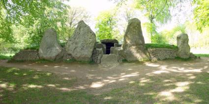 yule-wayland-stones